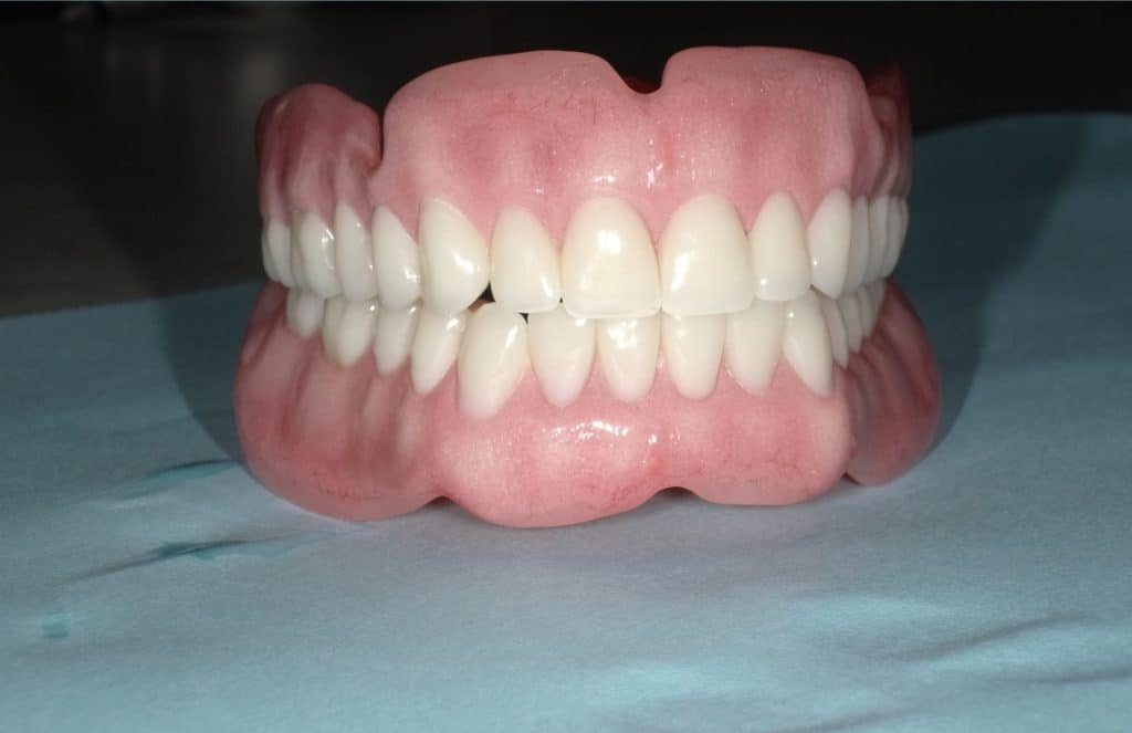 Cosmetic dentures austin artistic dental best cosmetic dentist so what makes our cosmetic dentures different then most solutioingenieria Image collections